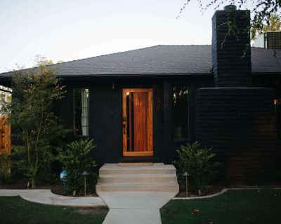The Modern Cove: Mid-Century Modern Downtown Home - Riviera - Westchester