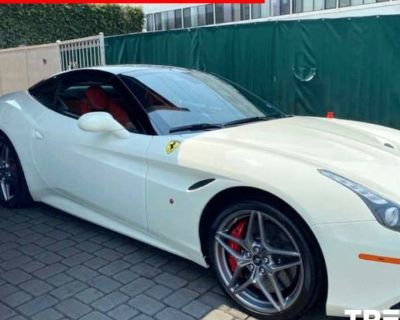 2015 Ferrari California Standard