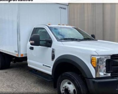 2017 Ford Super Duty F-550 Chassis Cab XL