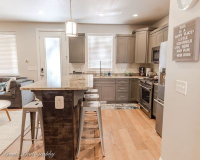 Perfect Ski and Lake Townhome - Incline Village