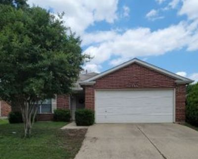 1437 Trading Post Dr, Fort Worth, TX 76131 3 Bedroom House