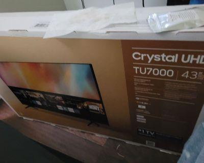 Brand-New Samsung Crystal UHD TU7000 TV
