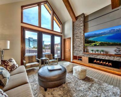 Luxury Three Bedroom Residence steps from Heavenly Village - South Lake Tahoe