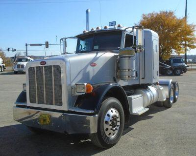 2014 PETERBILT 367 Sleeper Trucks Truck