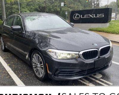 2019 BMW 5 Series 530i