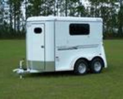 2020 Bee Trailers Thoroughbred Special 2-Horse