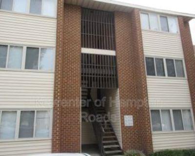 135 Pacific Dr, Hampton, VA 23666 1 Bedroom Condo