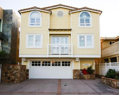 Newly Decorated Oceanfront Luxury Home - Silver Strand Beach - On the Sand!! - Silver Strand
