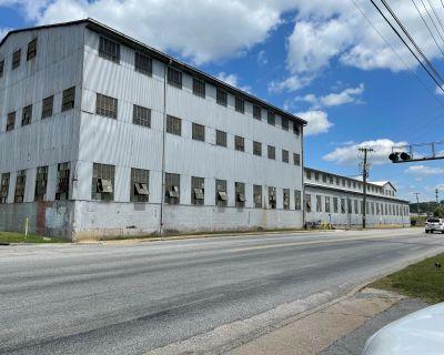 Manufacturing Facility, 5 Overhead Cranes, North Shore