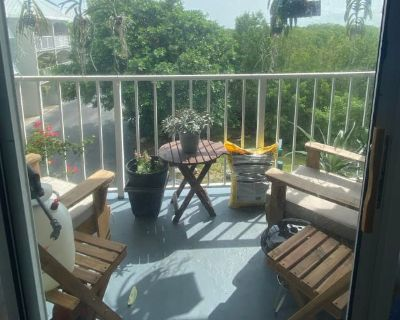 Private room with own bathroom - Key West , FL 33040