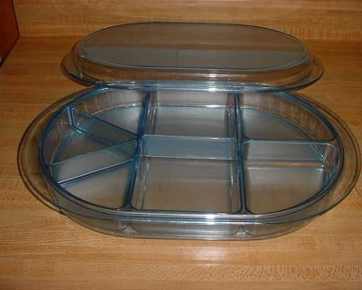 Gently Used Vintage Tupperware Watercolor Blue Acrylic PRELUDIO Veggie/Snack Divided Oval Party Covered Serving Tray With Removable...