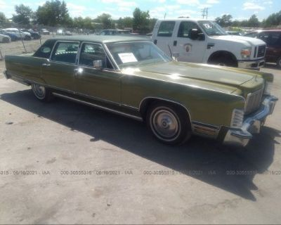 Salvage Green 1975 Lincoln Continental