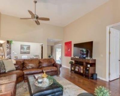 3034 E Stella Ln, Phoenix, AZ 85016 1 Bedroom Condo