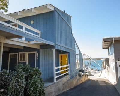 Charming Home Overlooking The Morro Rock and The Bay - Morro Bay