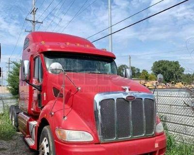 DEF Deleted 2011 Peterbilt 387 Sleeper Cab / Used Semi Truck
