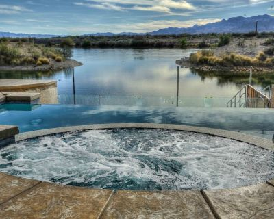 Riverfront waterfront Mansion, private Pool/Spa Scenic View on water - Bullhead City