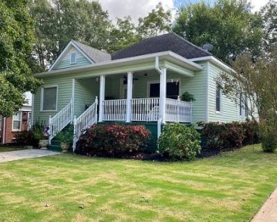 Restored 100-year-old bungalow in East Point, East Point, GA
