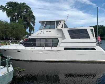 1999 Hyatt 51 Motor Yacht