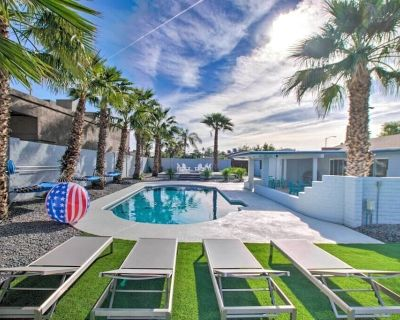 Huge Private Yard, Pool & Game Room! *The Bluefield Resort* - Paradise Valley Village