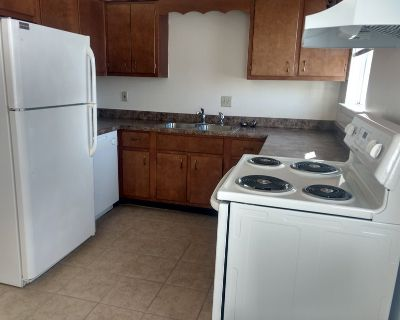 2Bed/1 1/2 Townhome Ask about Military and Move in Specials