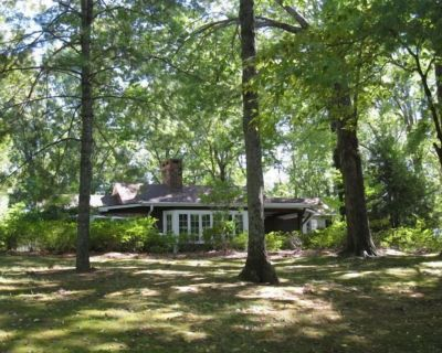 Aberfoyle - Private Country Retreat in Equestrian and Golf Setting - Tryon