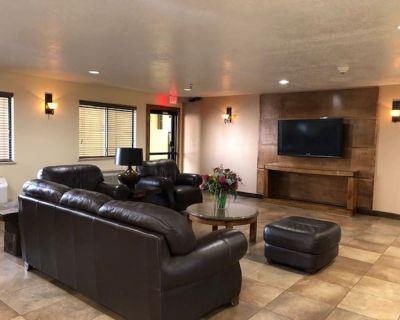 SureStay Plus Hotel by Best Western Albuquerque I40 Eubanks - Princess Jeanne