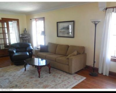 ROOMMATES WANTED for large house in the heights