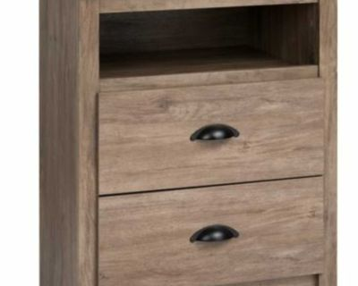 2 Matching Nightstands wanted