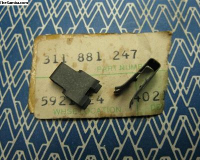 311881247 NOS grip clip for seat back release knob