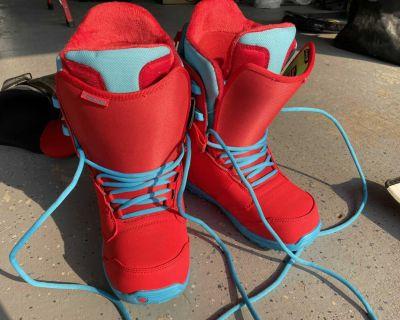 burton snowboard boots brand new
