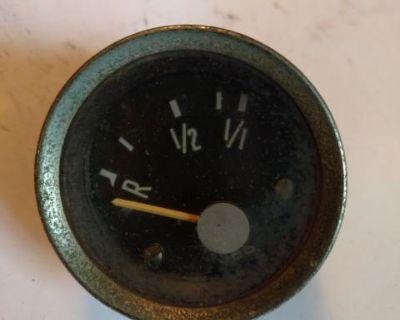 Fuel gauge 141 919 033 A