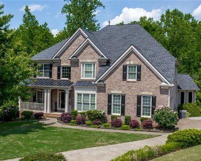 Single Family Home Forsale in Cumming GA