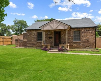2809 Mims St, Fort Worth, TX 76112