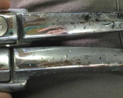 Rough door handle pair key code sc130
