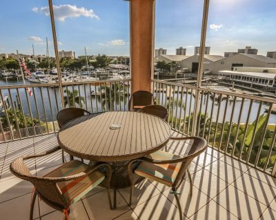 Looking for a condo with true distinction and elegance? Look no further! You'll find one of the finest condos available for rent at the Palm Harbor Club. - South Island