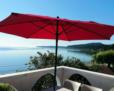Oceanfront Paradise! - Cordova Bay