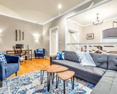 Midtown Townhome Professionally Designed Perfect for Podcasts and Commercials, Atlanta, GA