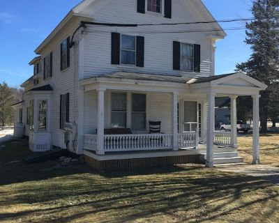 Beautifully furnished In Town 4 Bedroom Home - Bethel