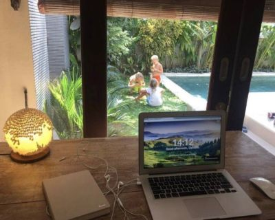 Part time stay at home travel consultant