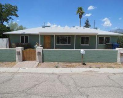 709 E Smoot Dr, Tucson, AZ 85719 3 Bedroom House