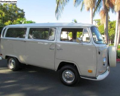 1971 VW Bus 40 Year Owned Clean Complete Driver