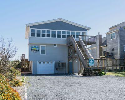 Belle Esprit: 5 Bed/4.5 Bath with office. Oceanfront Home, Inverted Floor Plan, - Long Beach