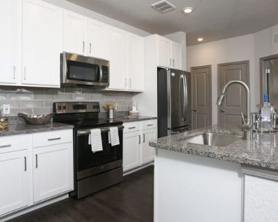 Axis West Luxury Apartments