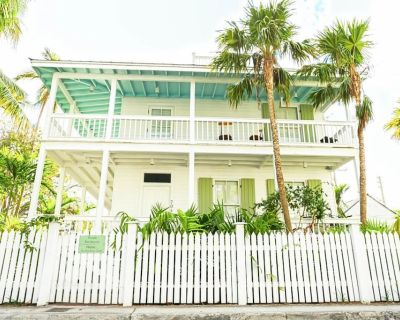 Key West Old Town Rental Compound - Private, Sleeps 23 - Bahama Village