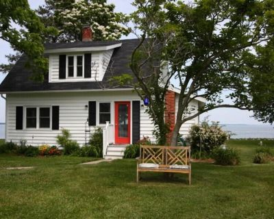 Simplicity Cottage - Renovated Waterman's Home Circa 1920, Relax in the Hammock! - Tilghman