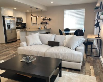 Home away from Home. Spacious and quiet basement apartment sanctuary. - Longmont