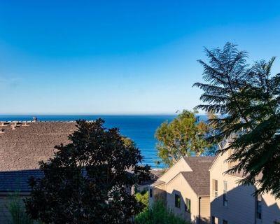 Ocean View Condo with Pool, Spa, Gym, & Tennis - Del Mar