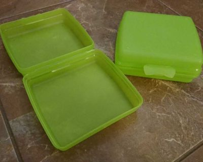 Lunch kit storage containers