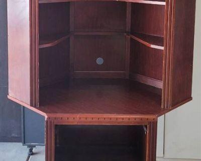 Sedgwick Kansas Estate Auction | Furniture | Collectibles | ATVS | Lamps | Dixie Chopper Commercial