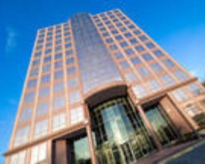 Overland Park, Get 160sqft of private office space plus